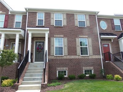Condo/Townhouse For Sale: 13587 East 131st Street