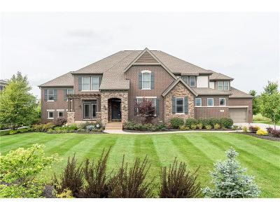 Fishers Single Family Home For Sale: 11962 Hawthorn Ridge