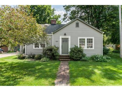 Zionsville Single Family Home For Sale: 515 West Oak Street