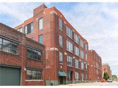Condo/Townhouse For Sale: 630 North College Avenue #207