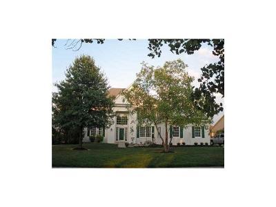 Carmel Single Family Home For Sale: 14585 Dover Drive