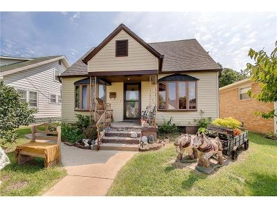 Beech Grove Single Family Home For Sale: 59 South 5th Avenue