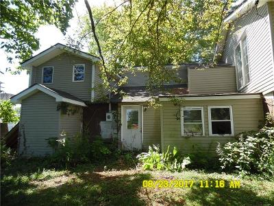 Coatesville Single Family Home For Sale: 8138 West Main Street