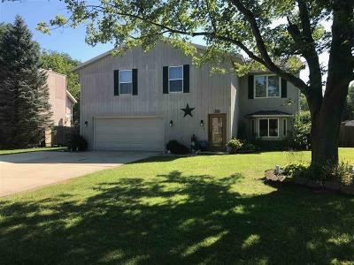 Delaware County Single Family Home Active W Contingency: 8210 North Wilderness Road