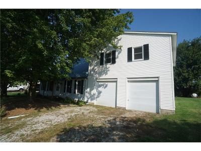 Decatur County Single Family Home For Sale: 1106 East Pleasant Drive