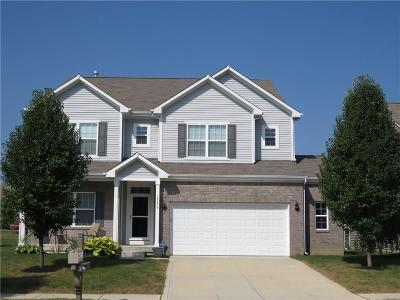 Fishers Single Family Home For Sale: 13878 Boulder Canyon Drive