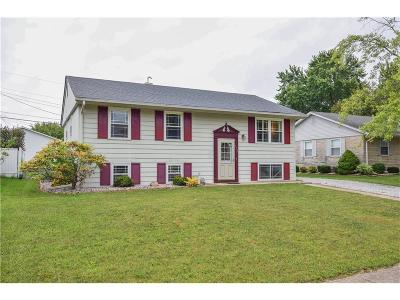 Shelbyville Single Family Home For Sale: 932 Windsor Drive