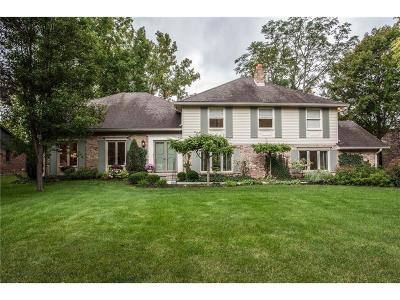 Indianapolis Single Family Home For Sale: 727 Spring Mill Lane