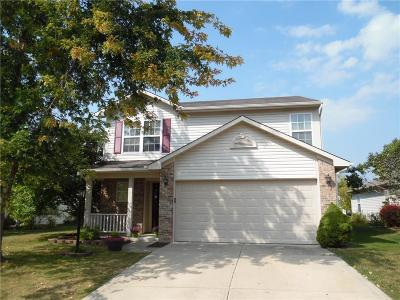 Noblesville Single Family Home For Sale: 15213 Bird Watch Way