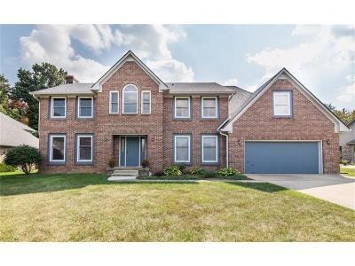Indianapolis Single Family Home For Sale: 10315 Fallen Oak Drive
