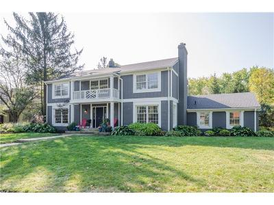 Indianapolis Single Family Home For Sale: 1313 Chessington Road