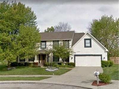 Indianapolis Single Family Home For Sale: 8452 Seekonk Court