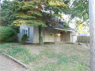 Henry County Single Family Home For Sale: 1389 Cottage Avenue