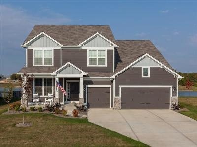 Fishers Single Family Home For Sale: 12560 Amber Star Drive
