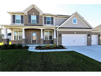 Fishers Single Family Home For Sale: 14765 Edgebrook Drive