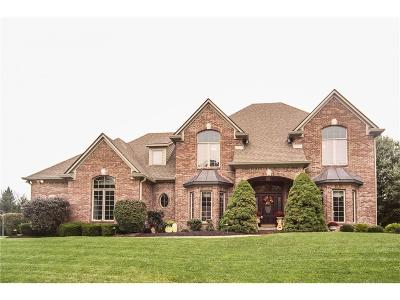 Indianapolis Single Family Home For Sale: 5648 Woodworth Way