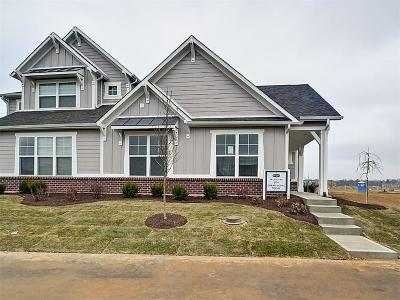 Carmel Single Family Home For Sale: 7212 Cherry Creek Boulevard