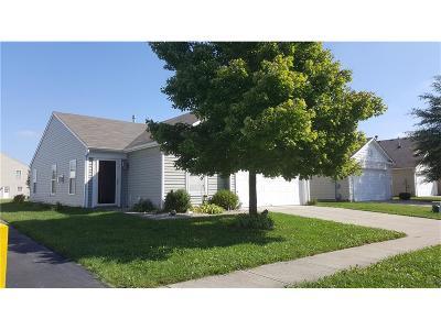 Shelbyville Single Family Home For Sale: 928 Balto Drive