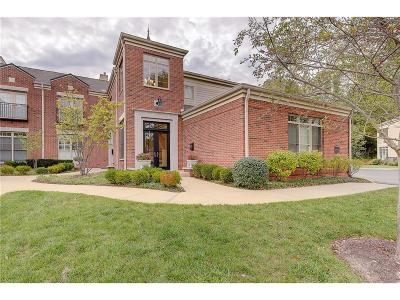 Indianapolis Condo/Townhouse For Sale: 6430 Meridian Parkway #C
