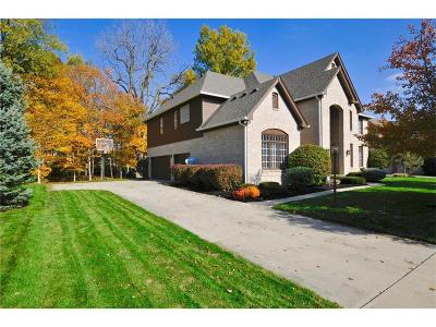 Fishers Single Family Home For Sale: 11362 Heron Pass