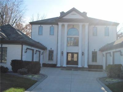 Indianapolis Single Family Home For Sale: 5137 Logan Lane