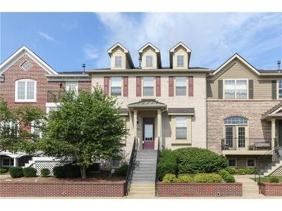 Zionsville Condo/Townhouse For Sale: 108 Manchester Drive
