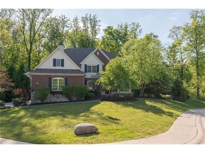 Indianapolis Single Family Home For Sale: 9322 Shady Bend Court