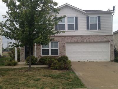 Indianapolis Single Family Home For Sale: 3546 Brandenburg Boulevard