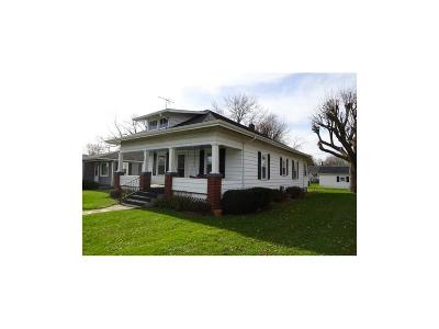 Henry County Single Family Home For Sale: 2401 Cherrywood Avenue