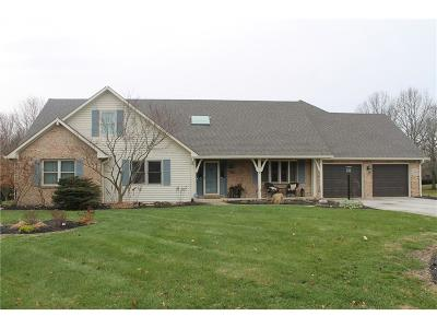 Zionsville Single Family Home For Sale: 4591 Brentwood Court