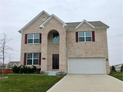 Avon Single Family Home For Sale: 8419 Vyners Lane