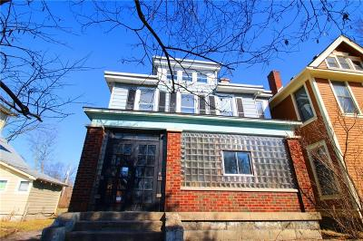 Indianapolis Single Family Home For Sale: 732 Fletcher Avenue