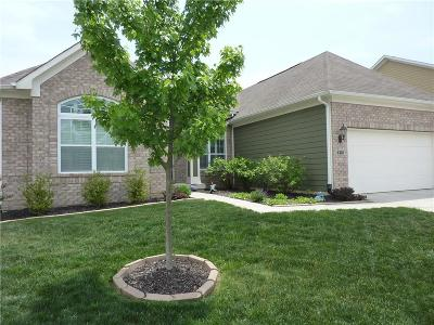 Zionsville Single Family Home For Sale: 6307 Silver Leaf Dr
