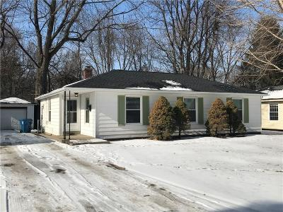 Indianapolis Single Family Home For Sale: 5434 Carvel Avenue