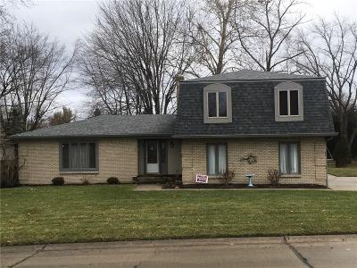 Indianapolis Single Family Home For Sale: 610 Teton Trail