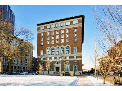 Indianapolis Condo/Townhouse For Sale: 350 North Meridian Street #604