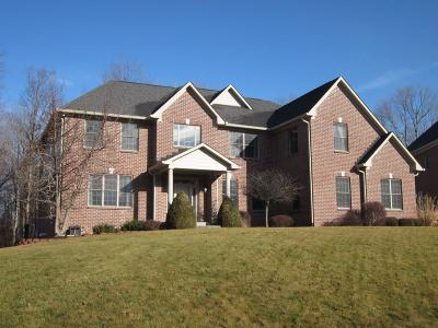 Indianapolis Single Family Home For Sale: 10726 Timber Oak Circle