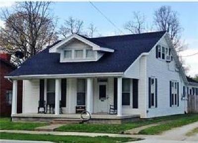 Decatur County Single Family Home For Sale: 611 North Lincoln Street