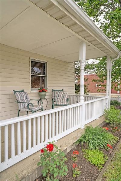Greenfield Single Family Home For Sale: 724 East Main Street