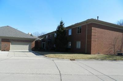 Indianapolis Condo/Townhouse For Sale: 6451 North Meridian Parkway #D