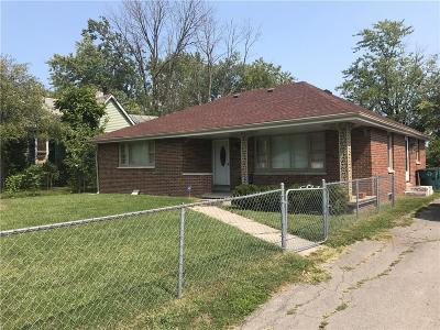 Delaware County Single Family Home For Sale: 3706 North Walnut Street