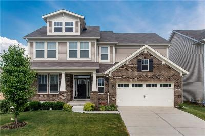 Zionsville Single Family Home For Sale: 7825 Ringtail Circle