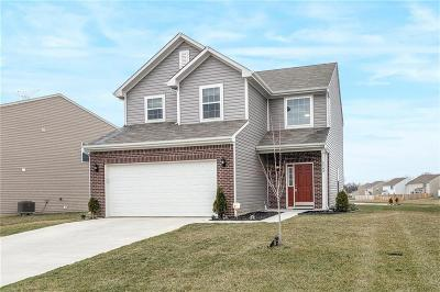 Indianapolis IN Single Family Home Active W Contingency: $159,850