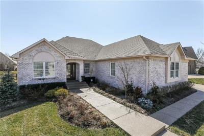 Greenwood Single Family Home For Sale: 2857 North Bloomsbury Drive
