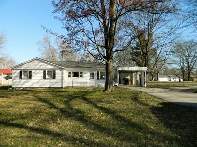 Clay County Single Family Home For Sale: 220 East Pinckley Street