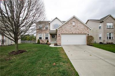 Zionsville Single Family Home For Sale: 7835 Blue Jay Way
