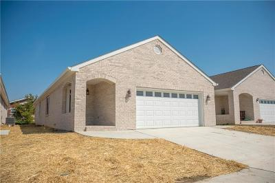 Johnson County Single Family Home For Sale: 1816 Gardens Court