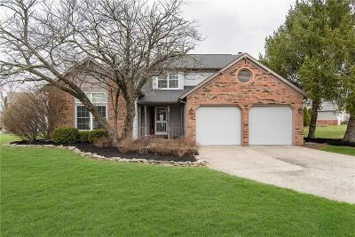 Indianapolis Single Family Home For Sale: 11140 Bayridge Circle E