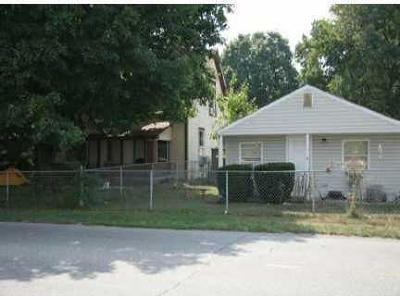 Mooresville Single Family Home For Sale: 212 Indianapolis Road