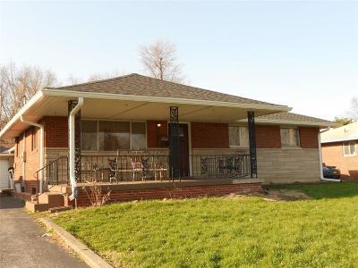 Beech Grove Single Family Home For Sale: 2441 Mann Drive